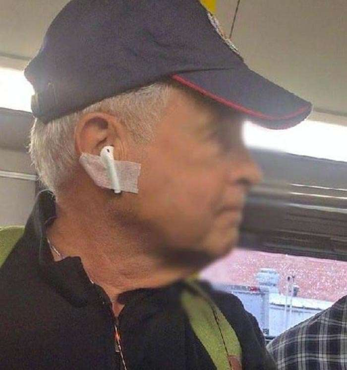 How not to lose AirPods}}